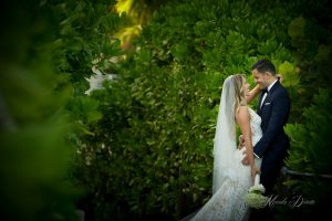South Beach Bath Club Wedding by Chris Weinberg Events. Photography by Manolo Doreste of In Focus Studios.