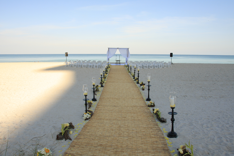 Seaside Wedding At The Bath Club Miami